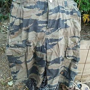 Billabong Classic Cargo shorts